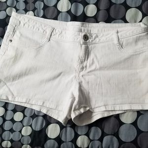 City Street White Jean Shorts
